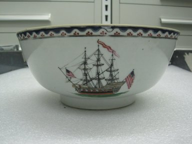 Lowestoft Porcelain Factory ?. <em>Punch Bowl</em>, ca. 1790. Porcelain, 3 7/8 x 9 1/2 in. (9.8 x 24.1 cm). Brooklyn Museum, Gift of Mary Davenport Hooker, 44.146. Creative Commons-BY (Photo: Brooklyn Museum, CUR.44.146_side.jpg)