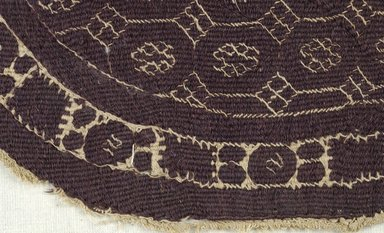 Coptic. <em>Roundel with Botanical and Geometric Decoration</em>, 4th-5th century C.E. Wool, linen, 9 7/16 x 10 7/16 in. (24 x 26.5 cm). Brooklyn Museum, Gift of Pratt Institute, 46.157.21. Creative Commons-BY (Photo: Brooklyn Museum (in collaboration with Index of Christian Art, Princeton University), CUR.46.157.21_detail01_ICA.jpg)