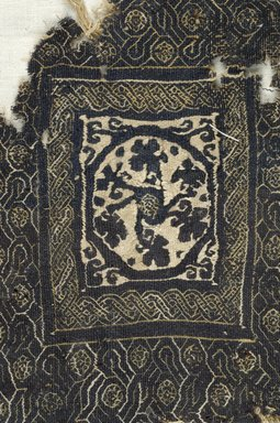Coptic. <em>Square Fragment with Botanical and Geomteric Decoration</em>, 4th-5th century C.E. Linen, wool, as mounted: 2 × 7 1/2 × 9 1/16 in. (5.1 × 19 × 23 cm). Brooklyn Museum, Gift of Pratt Institute, 46.157.26. Creative Commons-BY (Photo: Brooklyn Museum (in collaboration with Index of Christian Art, Princeton University), CUR.46.157.26_detail01_ICA.jpg)