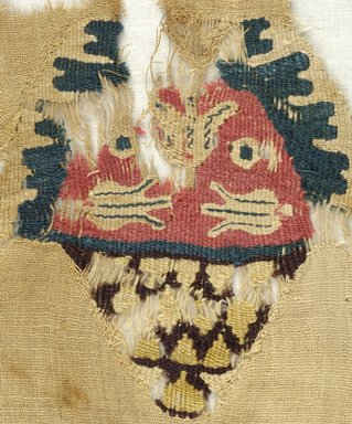 Coptic. <em>Fragment with Basket Decoration</em>, 5th century C.E. (probably). Linen, wool, 8 11/16 x 9 5/8 in. (22 x 24.5 cm). Brooklyn Museum, Gift of Pratt Institute, 46.157.4. Creative Commons-BY (Photo: Brooklyn Museum (in collaboration with Index of Christian Art, Princeton University), CUR.46.157.4_detail01_ICA.jpg)
