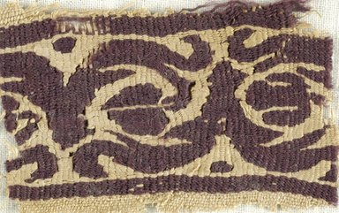 Coptic. <em>Band Fragment with Botanical Decoration</em>, 4th-5th century C.E. Linen, wool, 1 9/16 x 2 9/16 in. (4 x 6.5 cm). Brooklyn Museum, Gift of Pratt Institute, 46.157.6. Creative Commons-BY (Photo: Brooklyn Museum (in collaboration with Index of Christian Art, Princeton University), CUR.46.157.6_ICA.jpg)