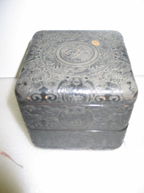 <em>Box with Detachable Cover</em>, 19th century. Carved and lacquered wood, 6 1/8 x 5 7/8 in. (15.5 x 15 cm). Brooklyn Museum, Anonymous gift, 47.219.51a-c. Creative Commons-BY (Photo: Brooklyn Museum, CUR.47.219.51a-c.jpg)