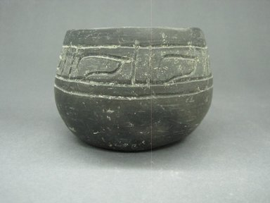 Zapotec. <em>Bowl</em>, 100-600. Ceramic, 2 3/4 x 3 15/16 x 3 15/16 in. (7 x 10 x 10 cm). Brooklyn Museum, By exchange, 48.22.26. Creative Commons-BY (Photo: Brooklyn Museum, CUR.48.22.26_view1.jpg)