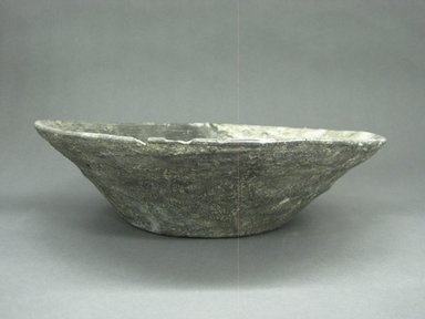 Zapotec. <em>Bowl</em>, 100-600. Ceramic, 3 1/8 x 11 7/16 x 11 7/16 in. (8 x 29 x 29 cm). Brooklyn Museum, By exchange, 48.22.31. Creative Commons-BY (Photo: Brooklyn Museum, CUR.48.22.31_view1.jpg)