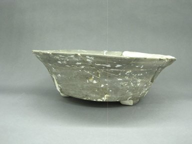 Zapotec. <em>Tripod Bowl</em>, 100-600. Ceramic, 3 1/2 x 10 7/8 x 10 7/8 in. (8.9 x 27.6 x 27.6 cm). Brooklyn Museum, By exchange, 48.22.32. Creative Commons-BY (Photo: Brooklyn Museum, CUR.48.22.32_view1.jpg)