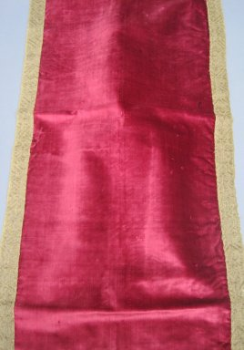 <em>Textile</em>, 19th century. Velvet, metallic brocade, linen, 23 x 45 in. (58.4 x 114.3 cm). Brooklyn Museum, Gift of Susan D. Bliss, 51.248.3. Creative Commons-BY (Photo: Brooklyn Museum, CUR.51.248.3.jpg)