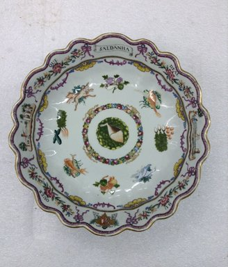 <em>Bowl</em>, 1760-1770. Porcelain, 3 x 10 1/2 in. (7.6 x 26.7 cm). Brooklyn Museum, The Helena Woolworth McCann Trade Procelain Collection, Gift of the Winfield Foundation, 55.10.14. Creative Commons-BY (Photo: Brooklyn Museum, CUR.55.10.14_top.jpg)