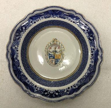 """Chinese , for the English market. <em>Plate decorated in enamels with """"Dum Sisto Vigilo"""", Arms of Gordon quartering Badenoch and Fraser</em>, 1770-1785. Porcelain, diameter: 9 3/4 in. (24.8 cm). Brooklyn Museum, The Helena Woolworth McCann Trade Procelain Collection, Gift of the Winfield Foundation, 55.10.20. Creative Commons-BY (Photo: Brooklyn Museum, CUR.55.10.20_overall.jpg)"""