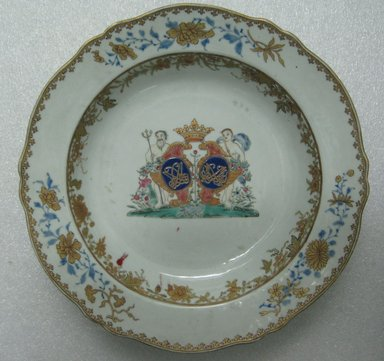 <em>Plate</em>, 1760-1770. Porcelain, 9 in. (22.9 cm). Brooklyn Museum, The Helena Woolworth McCann Trade Procelain Collection, Gift of the Winfield Foundation, 55.10.23. Creative Commons-BY (Photo: Brooklyn Museum, CUR.55.10.23_top.jpg)