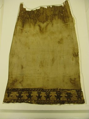 Chimú. <em>Loincloth</em>, 1000-1532. Cotton, camelid fiber, 31 1/8 x 43 11/16 in. (79 x 111 cm). Brooklyn Museum, Gift of Jack Lenor Larsen, 63.81.8. Creative Commons-BY (Photo: Brooklyn Museum, CUR.63.81.8.jpg)