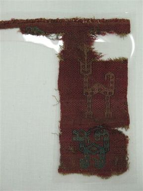 <em>Textile Fragment, undetermined</em>, 1000-1400. Cotton, camelid fiber, 9 1/16 x 8 7/16in. (23 x 21.5cm). Brooklyn Museum, Gift of Adelaide Goan, 64.114.177 (Photo: Brooklyn Museum, CUR.64.114.177_view2.jpg)