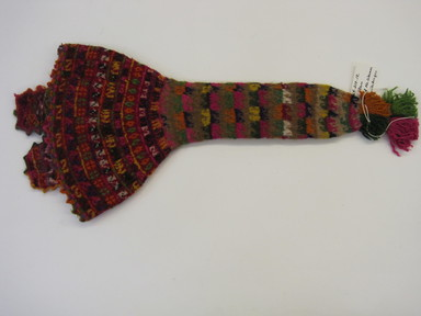 Quechua. <em>Hat</em>. Camelid fiber, wool?, 10 × 22 1/8 in. (25.4 × 56.2 cm). Brooklyn Museum, Gift of Dr. Werner Muensterberger, 64.210.12. Creative Commons-BY (Photo: , CUR.64.210.12.jpg)