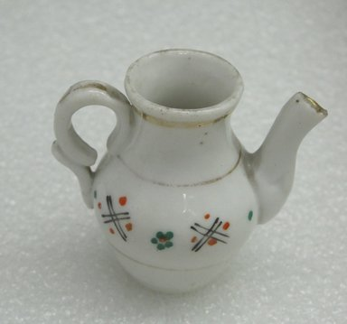 <em>Miniature Chocolate Pot and Cover</em>, ca 1920. Decorated porcelain, 2 3/8 x 1 1/4 in. (6 x 3.2 cm). Brooklyn Museum, Bequest of Laura L. Barnes, 67.120.167a-b. Creative Commons-BY (Photo: Brooklyn Museum, CUR.67.120.167a_view1.jpg)