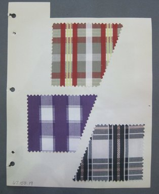 Fab-Tex Inc.. <em>Fabric Swatch</em>, 1963-1966. Cotton, sheet: 8 1/4 x 10 1/2 in. (21 x 26.7 cm). Brooklyn Museum, Gift of Fab-Tex Inc., 67.158.19 (Photo: Brooklyn Museum, CUR.67.158.19.jpg)