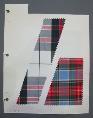 Fab-Tex Inc.. <em>Fabric Swatch</em>, 1963-1966. Cotton, sheet: 8 1/4 x 10 1/2 in. (21 x 26.7 cm). Brooklyn Museum, Gift of Fab-Tex Inc., 67.158.5 (Photo: Brooklyn Museum, CUR.67.158.5.jpg)