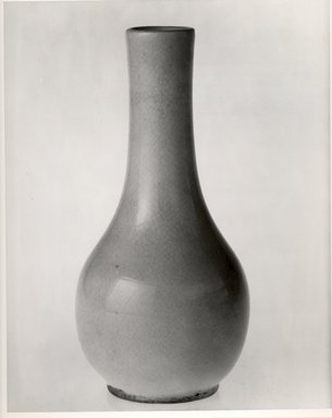 <em>Pear-shaped Vase</em>. Ceramic, overglaze, 5 3/4 x 2 3/4 in. (14.6 x 7 cm). Brooklyn Museum, Gift of Paul E. Manheim, 67.199.32. Creative Commons-BY (Photo: Brooklyn Museum, CUR.67.199.32_bw.jpg)
