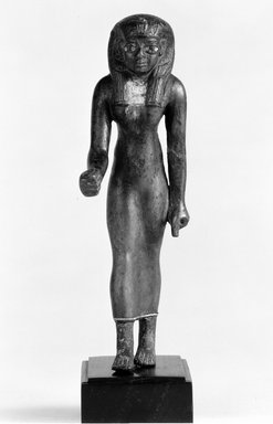 Ptolemaic. <em>Female Royal Figure</em>. Bronze, gold leaf, height: 5 1/4 in. (13.3 cm). Brooklyn Museum, Charles Edwin Wilbour Fund, 70.133. Creative Commons-BY (Photo: Brooklyn Museum, CUR.70.133_NegA_bw.jpg)