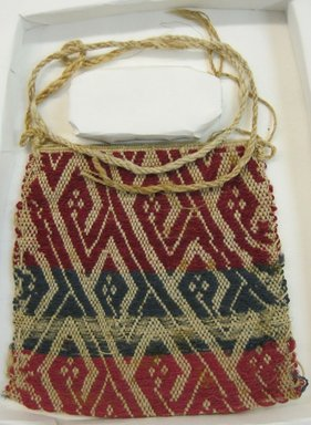 Coastal Wari (attrib by Nobuko Kajatani, 1993). <em>Bag</em>, 600-1400. Cotton, camelid fiber, 5 5/16 x 5 5/16 in. (13.5 x 13.5 cm). Brooklyn Museum, Gift of Ernest Erickson, 70.177.49. Creative Commons-BY (Photo: Brooklyn Museum, CUR.70.177.49.jpg)