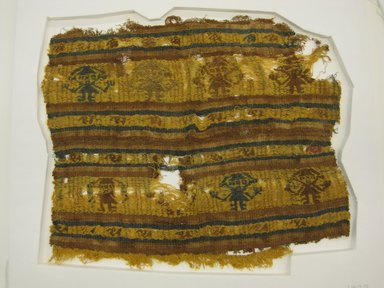 Chimú. <em>Textile Fragment, undetermined</em>, 1400-1532. Cotton, camelid fiber, 15 3/8 x 23 1/4 in. (39 x 59 cm). Brooklyn Museum, Gift of Ernest Erickson, 70.177.57. Creative Commons-BY (Photo: Brooklyn Museum, CUR.70.177.57.jpg)