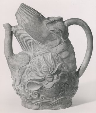 <em>Teapot (Chahu)</em>, 16th-17th century. Earthenware with three-color (sancai) glaze, 6 3/4 x 3 x 5 1/2 in. (17.2 x 7.6 x 14 cm). Brooklyn Museum, Gift of Dr. and Mrs. Stanley L. Wallace, 80.120.2. Creative Commons-BY (Photo: Brooklyn Museum, CUR.80.120.2_bw.jpg)