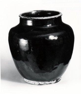 <em>Jar</em>, 15th-16th century. Honan ware, 6 3/8 x 5 3/4 in. (16.2 x 14.6 cm). Brooklyn Museum, Gift of Dr. Myron Arlen, 80.251.1. Creative Commons-BY (Photo: Brooklyn Museum, CUR.80.251.1_bw.jpg)