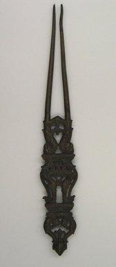 <em>Hair Straightening Comb</em>, 18th-19th century. Bronze, Length: 1 3/8 x 9 1/16 in. (3.5 x 23 cm). Brooklyn Museum, Gift of David Rubin, 81.199.8. Creative Commons-BY (Photo: Brooklyn Museum, CUR.81.199.8.jpg)