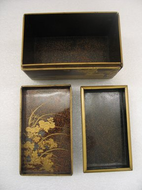 <em>Box</em>, 17th century. Lacquered wood, 4 7/16 x 4 1/4 x 7 5/16 in. (11.3 x 10.8 x 18.5 cm). Brooklyn Museum, Gift of Emmet Whitlock, 82.192. Creative Commons-BY (Photo: Brooklyn Museum, CUR.82.192_interior.jpg)