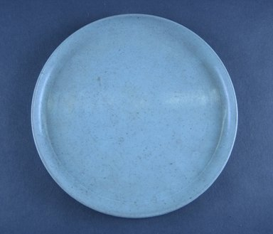 Russel Wright (American, 1904-1976). <em>Miniature Plate, Idealware Pattern</em>, 1955-1962. Molded polyethylene plastic, height: 1/2 in. (1.3 cm). Brooklyn Museum, Gift of Paul F. Walter, 83.108.109. Creative Commons-BY (Photo: Brooklyn Museum, CUR.83.108.109.jpg)