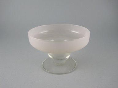 Dorothy C. Thorpe (American, 1901-1989). <em>Sherbert Dish</em>, ca. 1940. Mold blown glass, height: 3 1/8 in. (8.0 cm). Brooklyn Museum, Gift of Paul F. Walter, 84.124.12. Creative Commons-BY (Photo: Brooklyn Museum, CUR.84.124.12.jpg)