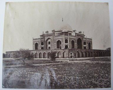 "Samuel Bourne (British, 1834-1912). <em>Print from ""Views of India,""</em> 1862-1872. Albumen silver photograph, 9 x 11 in. (22.9 x 27.9 cm). Brooklyn Museum, Gift of Matthew Dontzin, 85.274.17 (Photo: Brooklyn Museum, CUR.85.274.17.jpg)"