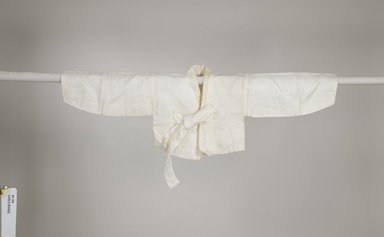 <em>Woman's Jacket (Jeogori)</em>, early 20th century. Linen with silk ties, 17 1/2 x 50 1/2 x 16 9/16 in. (44.5 x 128.3 x 42 cm). Brooklyn Museum, Gift of Yasuko Tada, 86.190. Creative Commons-BY (Photo: Brooklyn Museum (in collaboration with National Research Institute of Cultural Heritage, , CUR.86.190_front_Collins_photo_NRICH.jpg)