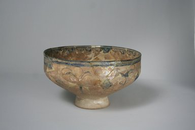 <em>Bowl</em>, 13th century. Ceramic, black and blue underglaze decoration, transparent colorless glaze, 4 1/4 x 7 7/16 in. (10.8 x 18.9 cm). Brooklyn Museum, Gift of the Ernest Erickson Foundation, Inc., 86.227.10. Creative Commons-BY (Photo: Brooklyn Museum, CUR.86.227.10_exterior1.jpg)