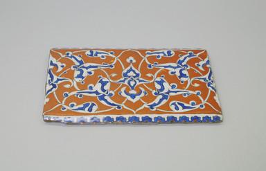 <em>Rectangular Tile</em>, ca. 1575. Ceramic, 10 3/16 x 9/16 x 5 7/8 in. (25.8 x 1.4 x 14.9 cm). Brooklyn Museum, Gift of the Ernest Erickson Foundation, Inc., 86.227.142. Creative Commons-BY (Photo: Brooklyn Museum, CUR.86.227.142.jpg)