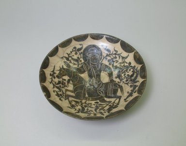 <em>Bowl</em>, mid 12th century. Ceramic, glaze, slip, 2 5/8 x 8 3/4 in. (6.7 x 22.2 cm). Brooklyn Museum, Gift of the Ernest Erickson Foundation, Inc., 86.227.7. Creative Commons-BY (Photo: Brooklyn Museum, CUR.86.227.7_interior.jpg)
