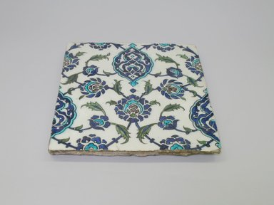 <em>Tile</em>, 16th century. Ceramic, cobalt-blue, turquoise, and white glazes, 11 x 11 1/2in. (27.9 x 29.2cm). Brooklyn Museum, Gift of the Ernest Erickson Foundation, Inc., 86.227.90. Creative Commons-BY (Photo: Brooklyn Museum, CUR.86.227.90.jpg)