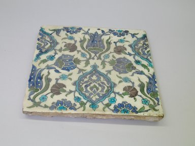 <em>Tile</em>, 16th century. Ceramic, cobalt-blue, purple, and turquoise glazes, 11 7/16 x 11 7/16 x 1 in. (29 x 29 x 2.6 cm). Brooklyn Museum, Gift of the Ernest Erickson Foundation, Inc., 86.227.91. Creative Commons-BY (Photo: Brooklyn Museum, CUR.86.227.91.jpg)