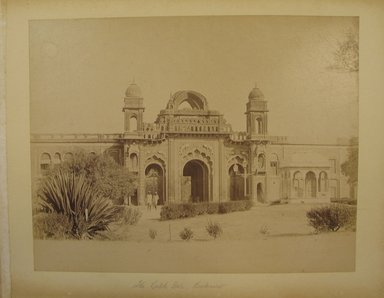 Possibly Samuel Bourne (British, 1834-1912). <em>Print from Album of Photographs: Architecture in India</em>. Albumen silver photograph, 8 3/8 x 10 3/4 in. (21.3 x 27.3 cm). Brooklyn Museum, Gift of Matthew Dontzin, 86.256.7 (Photo: Brooklyn Museum, CUR.86.256.7.jpg)