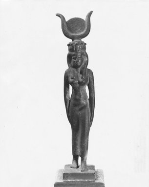 <em>Standing Figure of Isis or Isis-Hathor</em>. Bronze Brooklyn Museum, Gift of Horace Solomon, 86.82. Creative Commons-BY (Photo: Brooklyn Museum, CUR.86.82_NegA_print_bw.jpg)