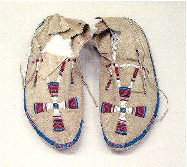 Cheyenne. <em>Moccasins</em>, late 19th century. Beads, a:11 1/4 x 3 3/4 in. Brooklyn Museum, Brooklyn Museum Collection, X1126.33a-b. Creative Commons-BY (Photo: Brooklyn Museum, CUR.X1126.33a-b.jpg)