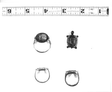 <em>Small Figure of a Tortoise</em>, 664-332 B.C.E. Bronze, gold, 3/8 x 9/16 x 1/2 in. (1 x 1.5 x 1.3 cm). Brooklyn Museum, Charles Edwin Wilbour Fund, 37.853E. Creative Commons-BY (Photo: , CUR.X20.2_37.853E_37.728E_58.96_NegID_37.853GRPA_print_bw.jpg)