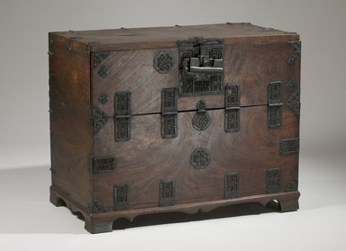 <em>Chest</em>, 19th century. Zelkova wood, pine wood, iron bound, 25 3/8 x 31 1/8 x 17 1/8 in. (64.5 x 79 x 43.5 cm). Brooklyn Museum, Brooklyn Museum Collection, X652.3. Creative Commons-BY (Photo: Brooklyn Museum (in collaboration with National Research Institute of Cultural Heritage, , CUR.X652.3_front_Collins_photo_NRICH.jpg)