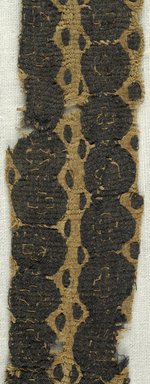 Coptic. <em>Band Fragment with Geometric Decoration</em>, 4th-7th century C.E. Flax, wool, 10 1/4 x 1 1/8 in. (26 x 2.9 cm). Brooklyn Museum, Brooklyn Museum Collection, X936. Creative Commons-BY (Photo: Brooklyn Museum (in collaboration with Index of Christian Art, Princeton University), CUR.X936_detail01_ICA.jpg)