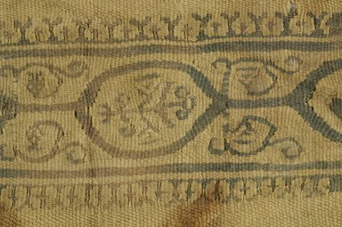 Coptic. <em>Sleeve Fragment with Botanical Decoration</em>, 4th-7th century C.E. Wool, linen, 6 1/2 x 11 7/8 in. (16.5 x 30.2 cm). Brooklyn Museum, Brooklyn Museum Collection, X944. Creative Commons-BY (Photo: Brooklyn Museum (in collaboration with Index of Christian Art, Princeton University), CUR.X944_detail01_ICA.jpg)