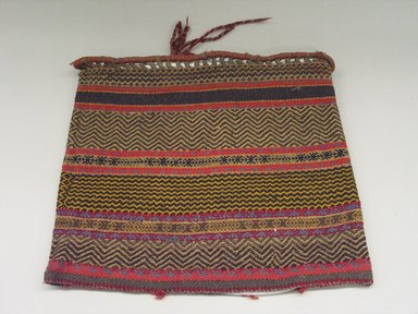 Possibly Chippewa (Anishinaabe). <em>Large Bag</em>, early 20th century. Twined weave cotton, wool, 21 x 17 3/4 in. or (45.0 x 52.0 cm). Brooklyn Museum, Brooklyn Museum Collection, X96. Creative Commons-BY (Photo: Brooklyn Museum, CUR.X96_view1.jpg)