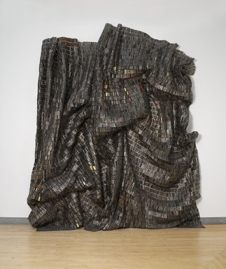 El Anatsui (Ghanaian, born 1944). <em>Black Block</em>, 2010. Aluminum and copper wire, two pieces, each: 207 x 133 1/2 in., 67 lb. (525.8 x 339.1 cm, 30.39kg). Brooklyn Museum, Bequest of William K. Jacobs, Jr., by exchange, 2013.7a-b. © artist or artist's estate (Photo: Brooklyn Museum, DIG_E_2013_Anatsui_Gravity_and_Grace_032_PS4_2013.7a-b.jpg)