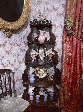 <em>Colonel Robert J. Milligan House Parlor</em>, 1854-1856. Brooklyn Museum, Dick S. Ramsay Fund, 40.930. Creative Commons-BY (Photo: Brooklyn Museum, DIG_E_2014_Milligan_Room_06_PS9_40.930.jpg)