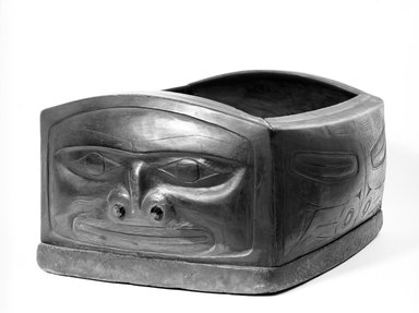 Haida. <em>Feast Dish</em>, 1868-1933. Wood, 32 x 35 x 17 cm / 12 1/2 x 13 3/4 in. Brooklyn Museum, Brooklyn Museum Collection, x704.4. Creative Commons-BY (Photo: Brooklyn Museum, X704.4_bw_SL4.jpg)