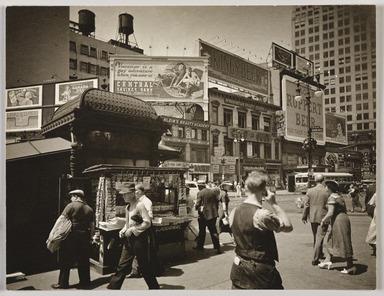 Berenice Abbott (American, 1898-1991). <em>Union Square</em>, July 16, 1936. Gelatin silver photograph, 6 7/8 x 8 7/8 in. (17.5 x 22.5 cm). Brooklyn Museum, Brooklyn Museum Collection, X858.87 (Photo: , X858.87_PS9.jpg)