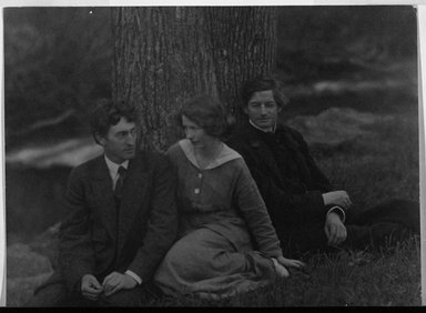 Arnold Genthe (American, born Germany, 1869-1942). <em>George Sterling, Edna St. Vincent Millay, Bliss Carmen, Carmel, California</em>, ca. 1910. Gelatin silver photograph, 6 3/4 x 9 1/8 in. (17.1 x 23.2 cm). Brooklyn Museum, Brooklyn Museum Collection, X892.1 (Photo: Brooklyn Museum, X892.1_bw.jpg)