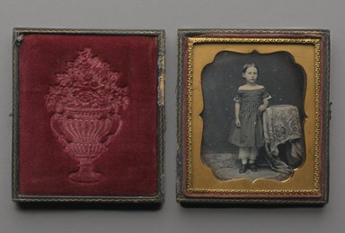 Unknown. <em>Standing Young Girl</em>, n.d. Daguerreotype, Image (sight): 2 3/4 x 2 1/4 in. (7 x 5.7 cm). Brooklyn Museum, Brooklyn Museum Collection, X894.8 (Photo: Brooklyn Museum, X894.8_interior_PS2.jpg)